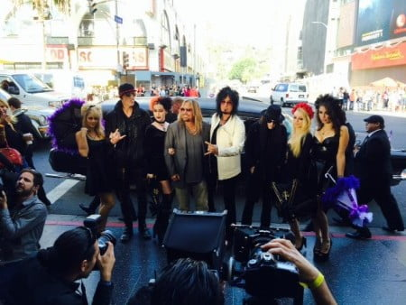 Mötley Crüe: banda confirma última turnê e lançamento de filme em coletiva de imprensa