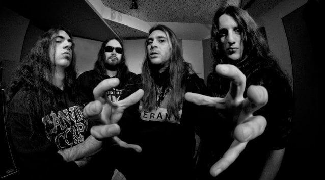 """Suicidal Angels: divulgado o clipe de """"In the Grave"""""""