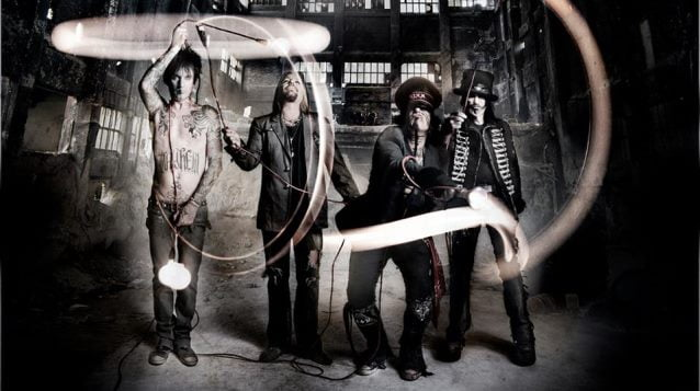 Mötley Crüe: banda deve anunciar tour de despedida no fim deste mês