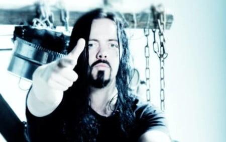 """Evergrey: conheça a capa de """"Hymns for the Broken"""", próximo álbum do grupo"""