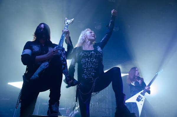 Michael Amott e Angela Gossow - Arch Enemy (foto: Edi Fortini)