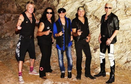 Scorpions: banda grava faixa do Rainbow para tributo a Ronnie James Dio