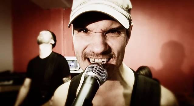 """Skintrade: divulgado o clipe da música """"Monster"""""""