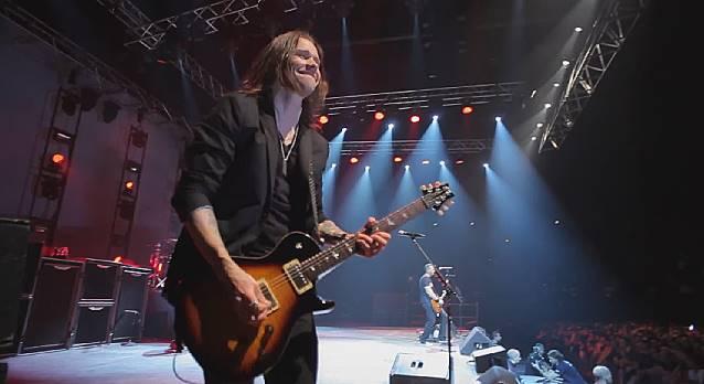 Alter Bridge: CD, DVD/Blu-ray ao vivo gravado em Milão sai em junho