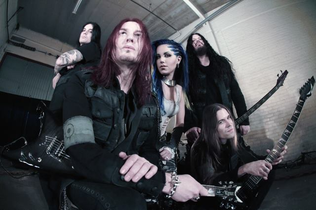 Arch Enemy: Angela Gossow deixa a banda; Alissa White-Gluz assume os vocais