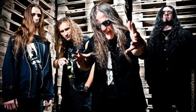 "Vader: divulgado lyric video para a música ""Where Angels Weep"""