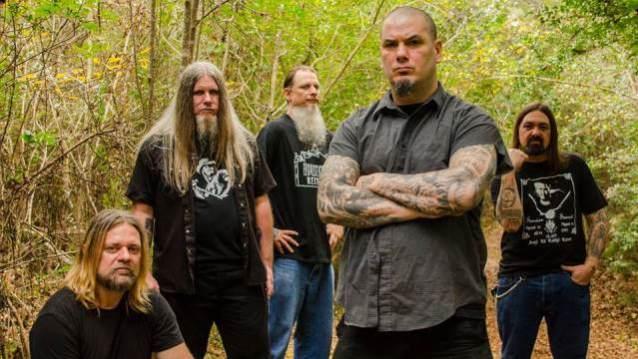 Down: novo EP do grupo com audição liberada