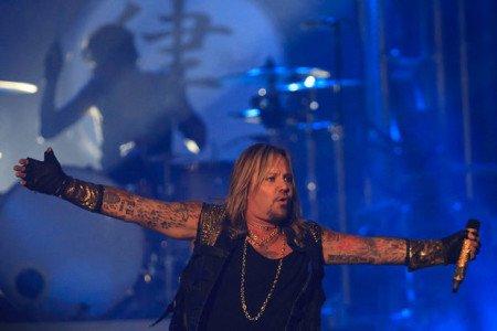 Mötley Crüe: banda inicia turnê de despedida; confira o set list, fotos e vídeos
