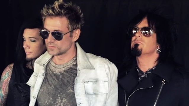 Sixx: A.M.: título, capa e track list do novo disco