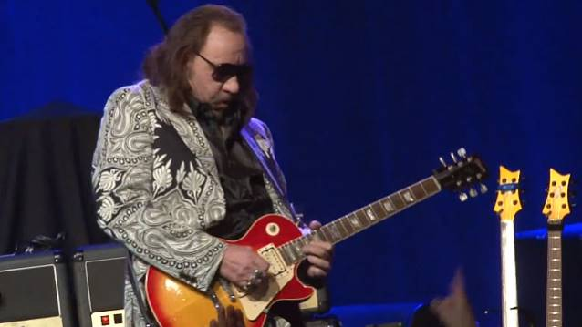 "Ace Frehley: divulgado cover para ""The Joker"", de Steve Miller"