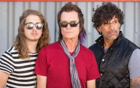 California Breed: ex-Queens of the Stone Age substituirá Jason Bonham em turnê