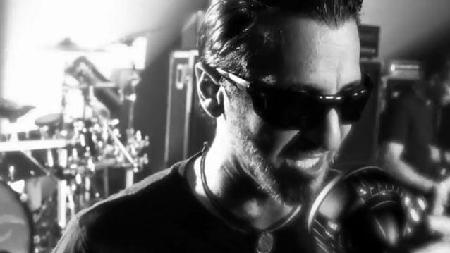"""Godsmack: veja o clipe para """"1000hp"""", faixa que dá nome ao novo CD do grupo"""