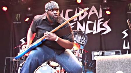 Suicidal Tendencies: morre o baixista Tim 'Rawbiz' Williams