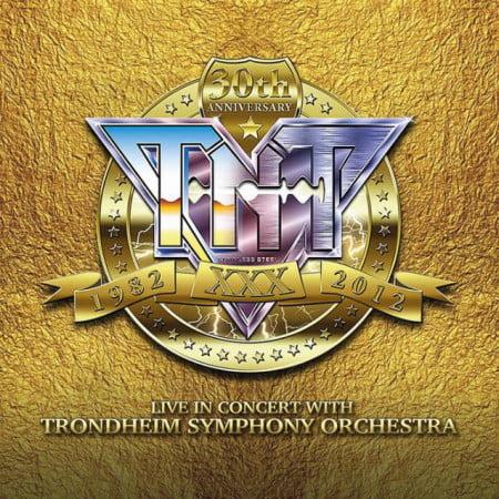 Capa do registro ao vivo que celebra três décadas da banda TNT