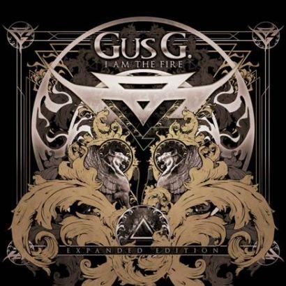 """Capa da edição expandida de """"I Am the Fire"""", primeiro CD solo de Gus G."""