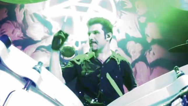 """Anthrax: clipe ao vivo para """"In the End"""", do DVD gravado no Chile"""