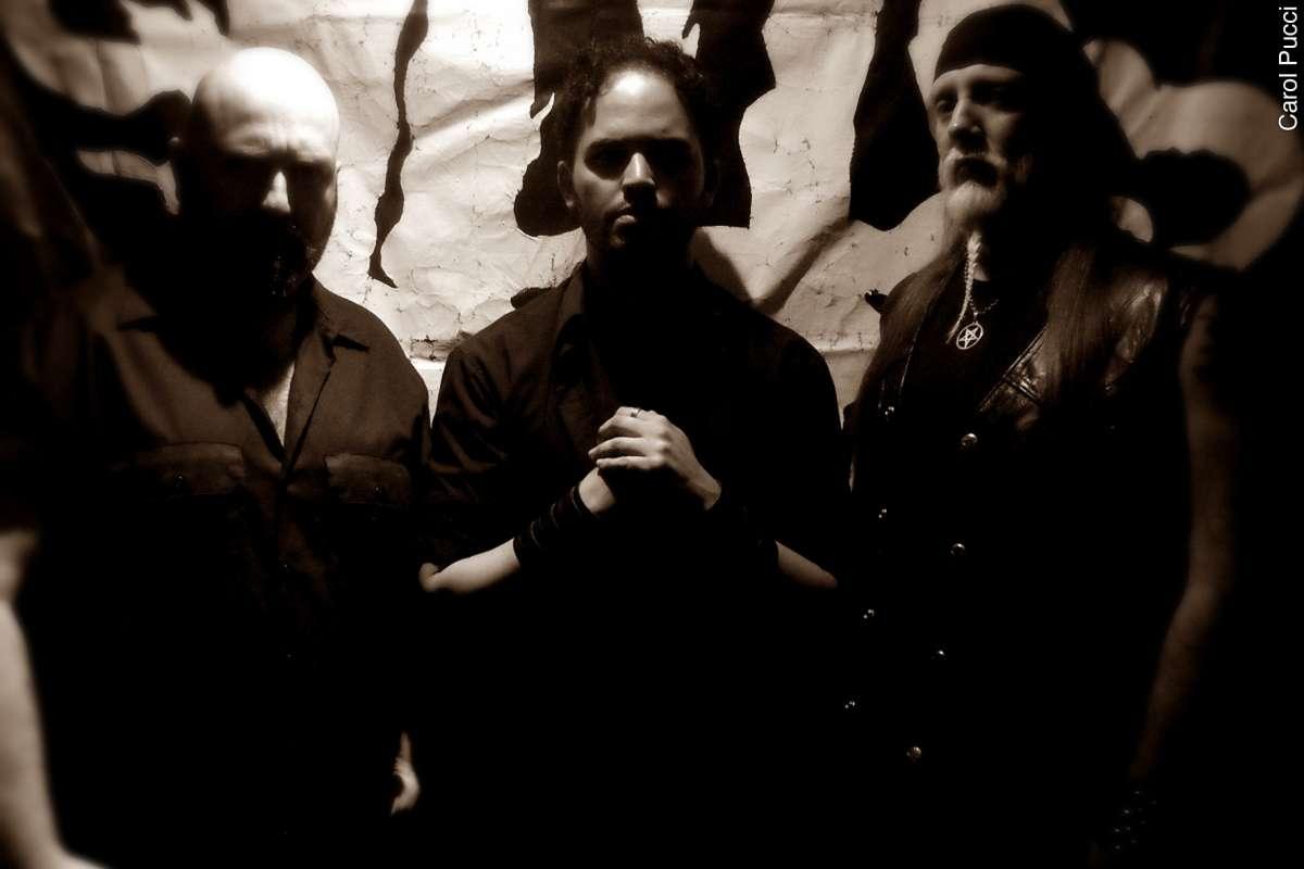 Read more about the article HellLight: banda apresentada capa e título do novo álbum