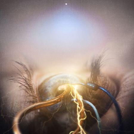 """Capa de """"Eye of Providence"""", o quarto CD do The Agonist"""