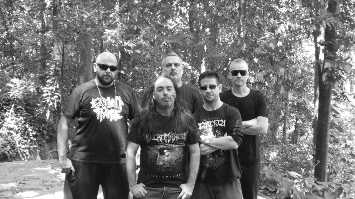 Necromancer: buscando novos horizontes com o primeiro álbum