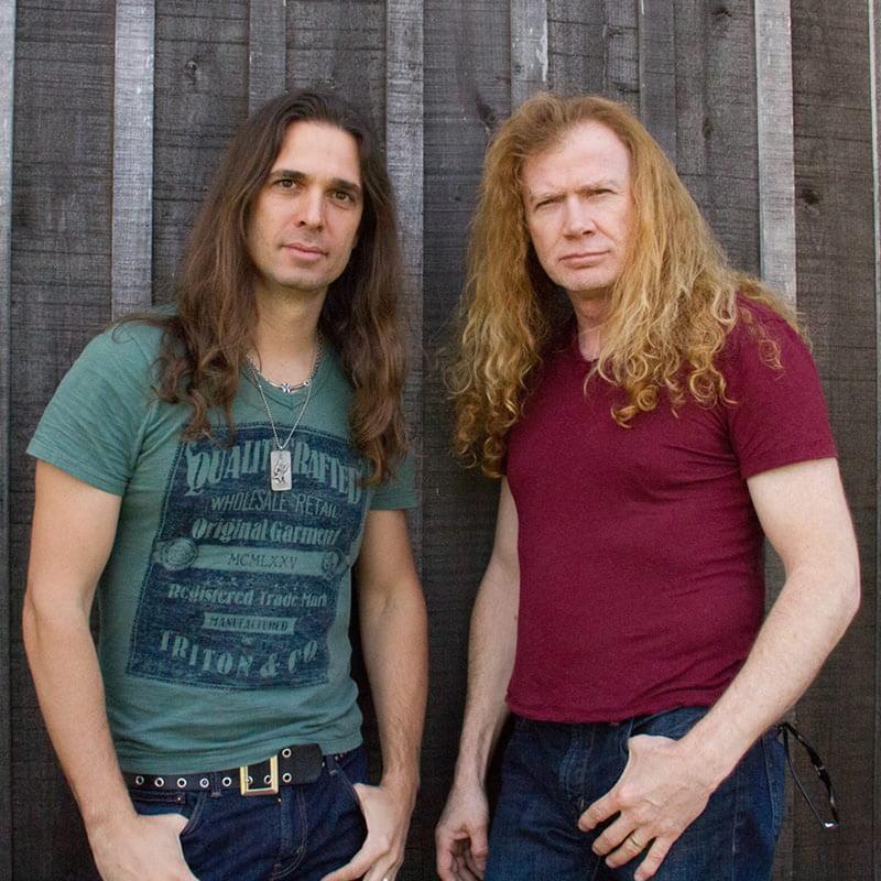Read more about the article Angra: banda apoia totalmente a entrada de Kiko Loureiro no Megadeth.