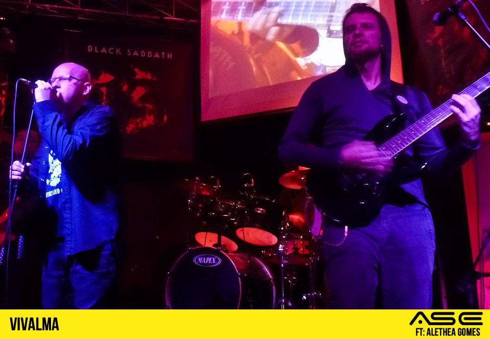 Vivalma: banda  recria tema dos filmes dos Vingadores