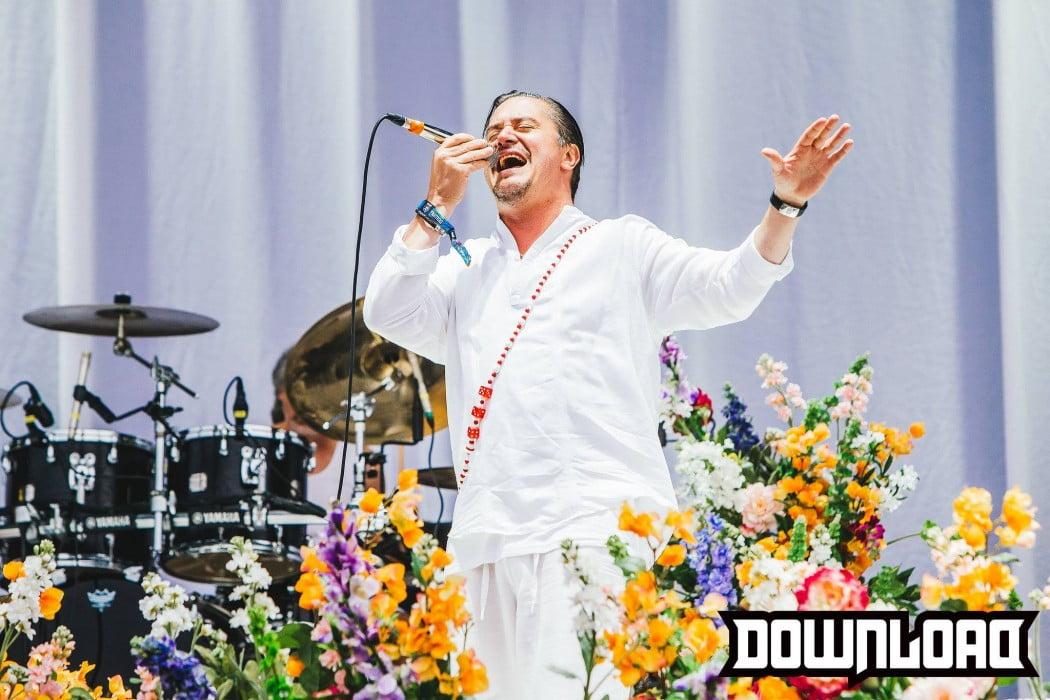 Faith No More: banda estremece Download Festival 2015