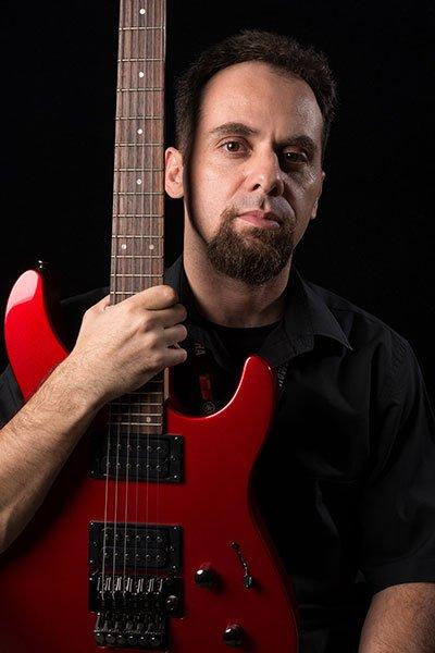 Read more about the article Alexandre De Orio: de Monteverdi ao Metallica