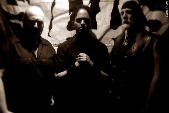 Read more about the article HellLight: novo álbum já disponível em versão nacional via Mutilation Records