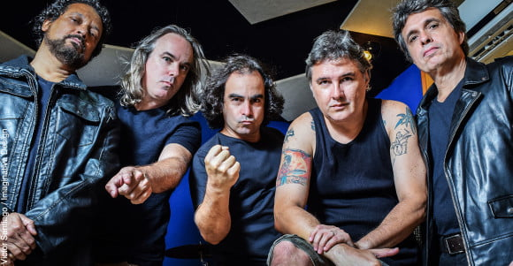 "Read more about the article Metalmorphose: assista videoclipe alternativo para ""Máscara"""