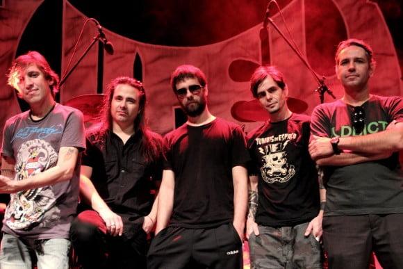 Viper: confira vídeo de Andre Matos convidando os fãs para show em São Paulo