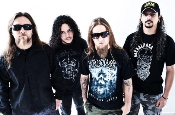 """Read more about the article Claustrofobia: ouça duas músicas bônus do próximo álbum, """"Download Hatred"""""""