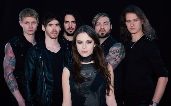 """Read more about the article Beyond The Black: Hellion Records lança álbum """"Lost In Forever"""" em janeiro no Brasil"""