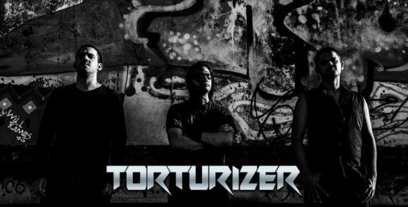"Torturizer: banda libera EP ""Faceless"" no Soundcloud e YouTube"