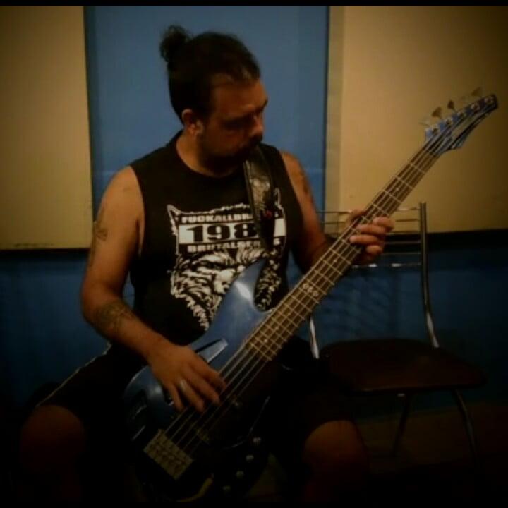 Torture Squad: Castor comenta pré produção de novo álbum