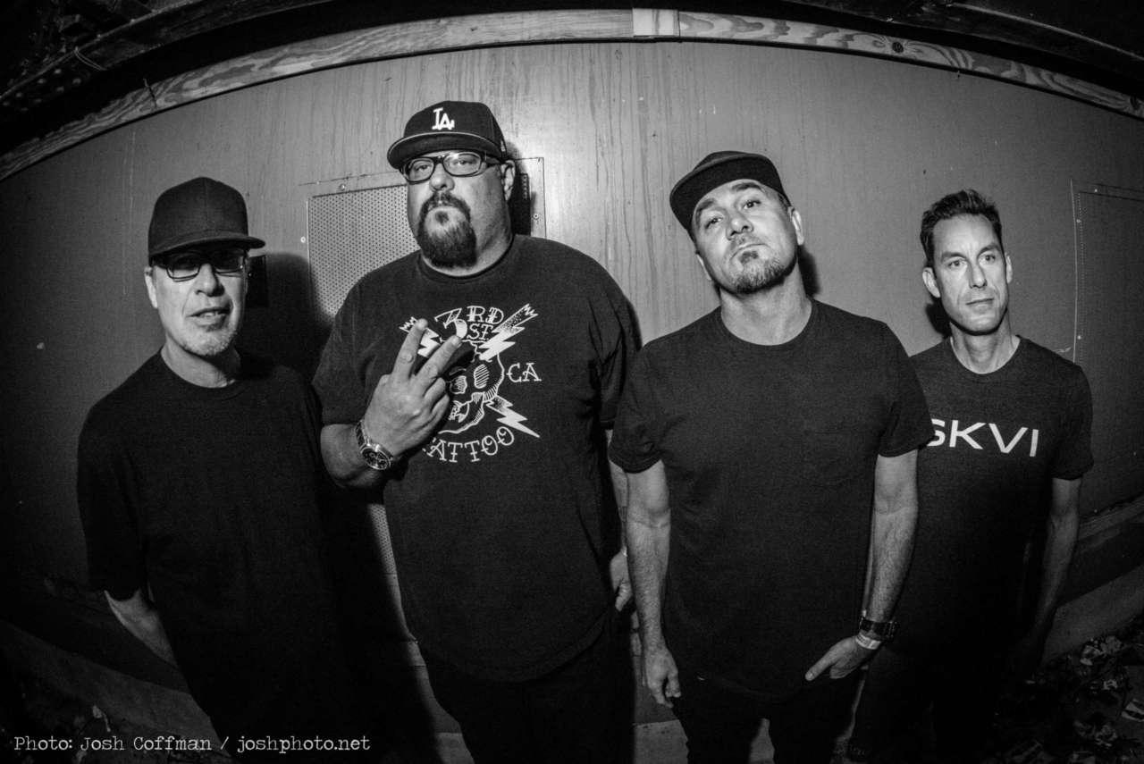 Pennywise e The Flatliners: bandas se apresentarão em Curitiba