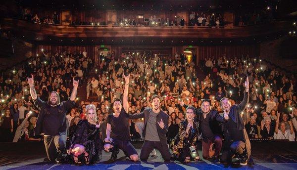 Freddie Mercury Revisited: assista vídeos ao vivo de show de estreia em São Paulo