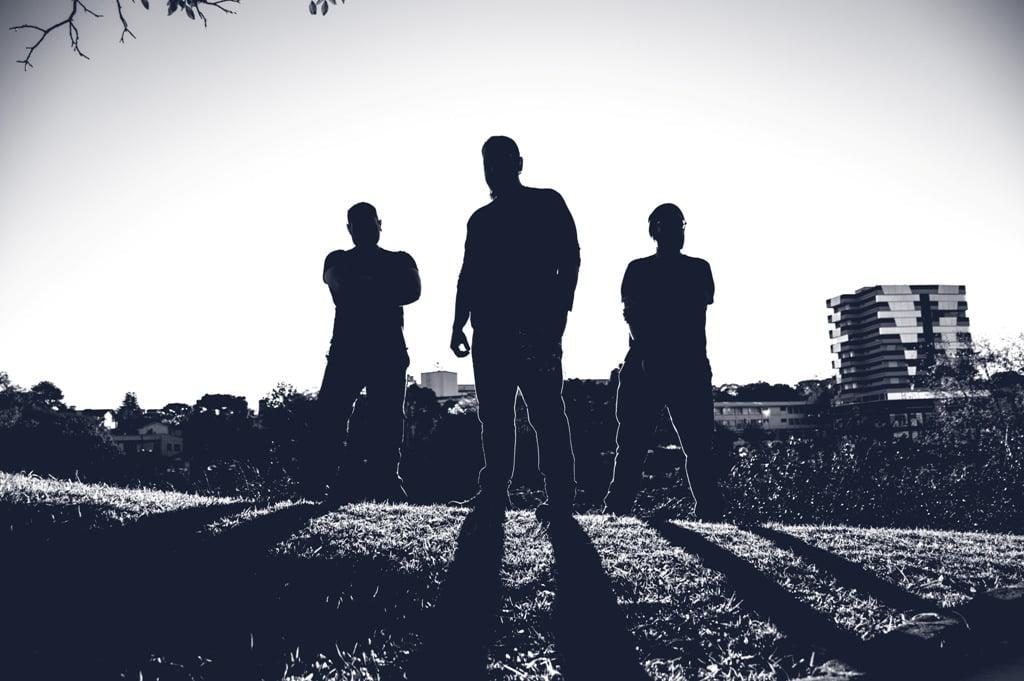 Holy Time: EP de estreia traz cover de clássico da música Pop mundial