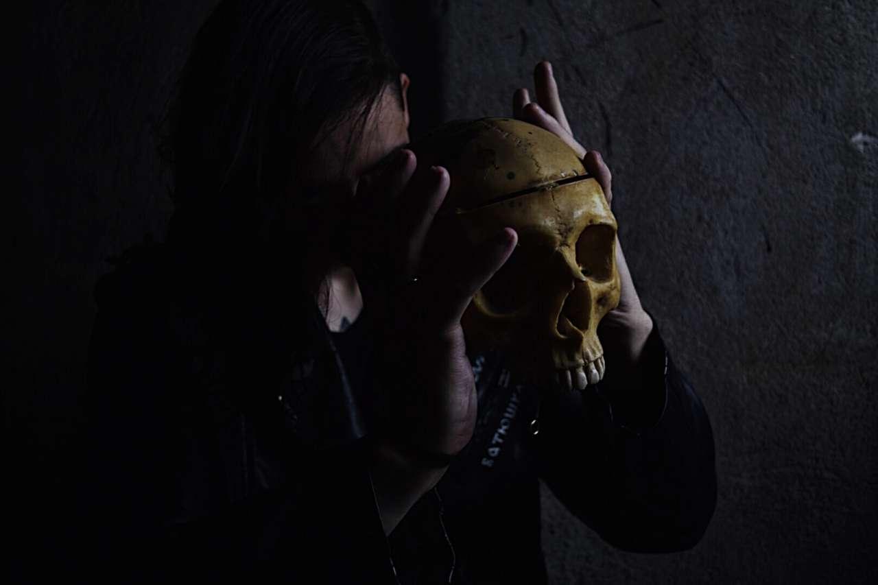 Mooncorpse: Novo álbum de revelação do Dark Folk Metal é lançado