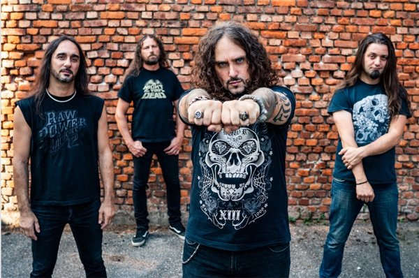 """Extrema: italianos lançam álbum """"Headbanging Forever"""" e videoclipe de """"For The Loved And The Lost"""""""