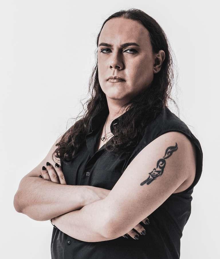Read more about the article FÖXX SALEMA lutando contra a transfobia no Heavy Metal