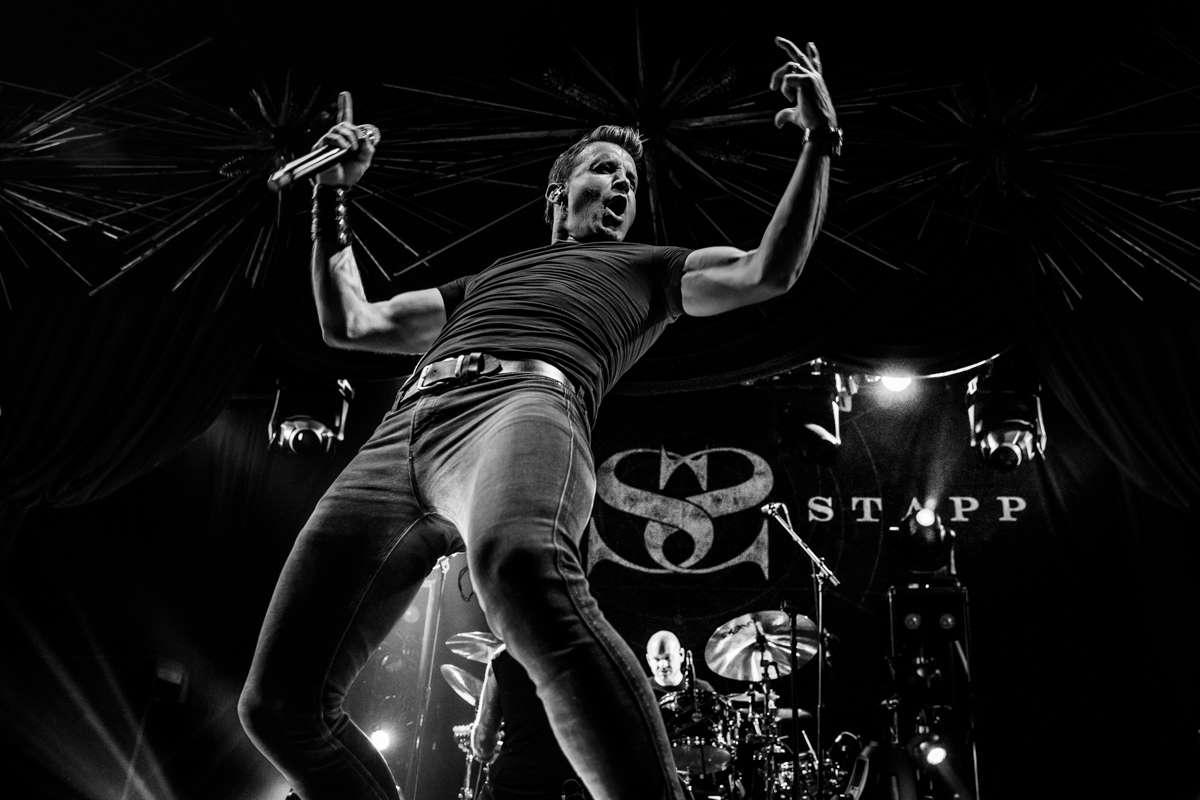 Scott Stapp: vocalista do Creed, anuncia show especial em São Paulo