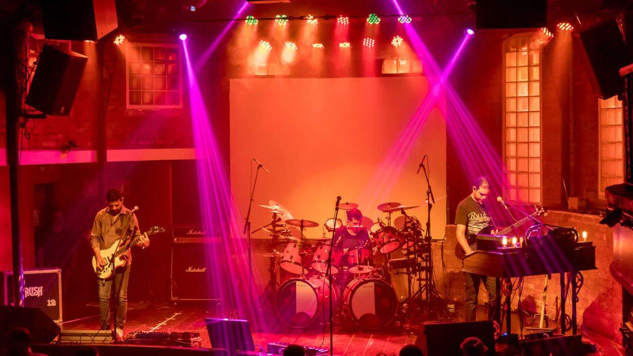 Rush: Stage Left recria show da turnê de 'Grace Under Pressure'