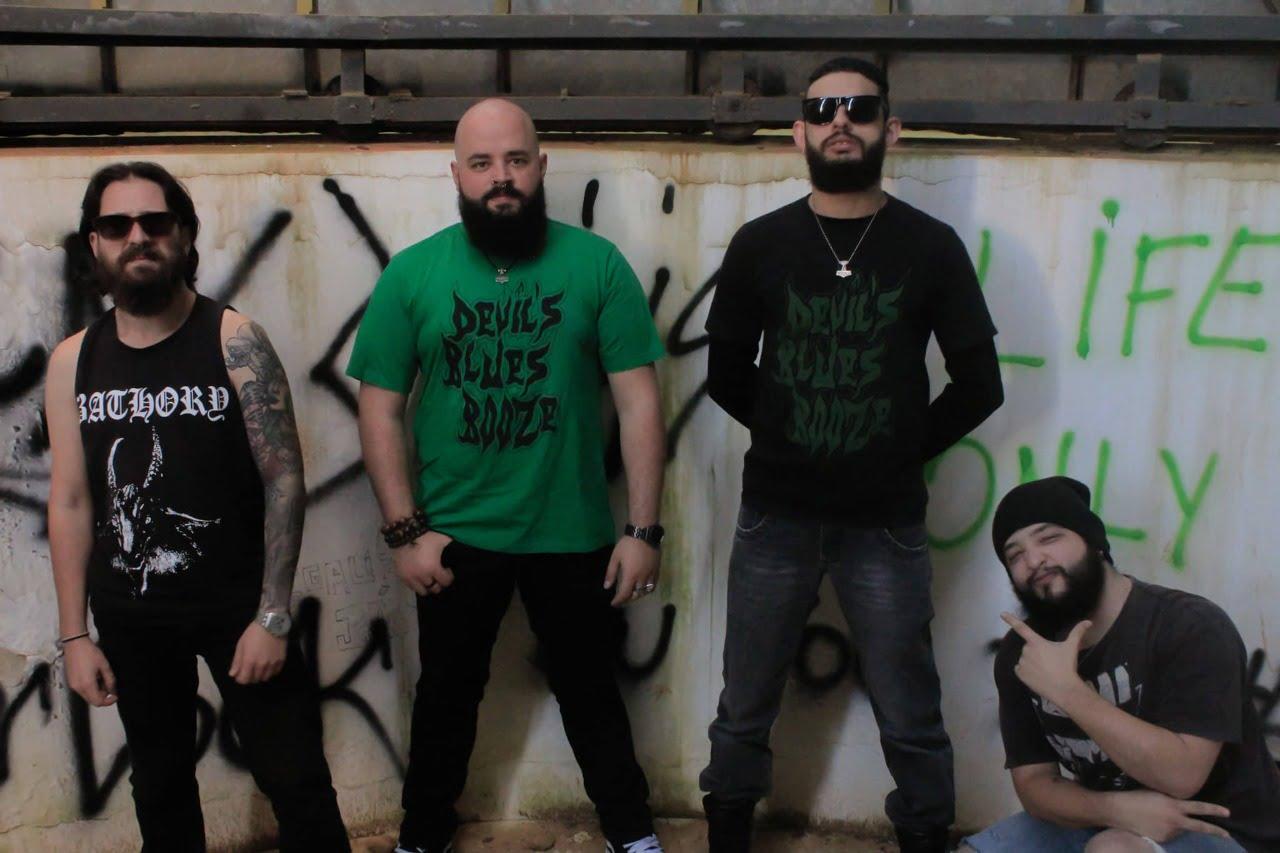 Read more about the article Devil's Blues Booze: Uma auto-homenagem com o lançamento de novo single