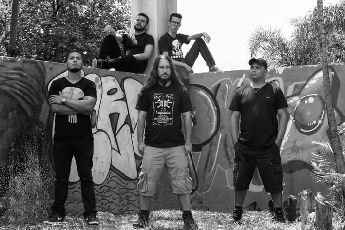 Azzarok: assista entrevista ao canal de YouTube, Zero E1