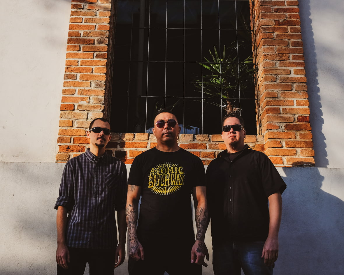 Superchiadeira lança lyric video e anuncia novo EP