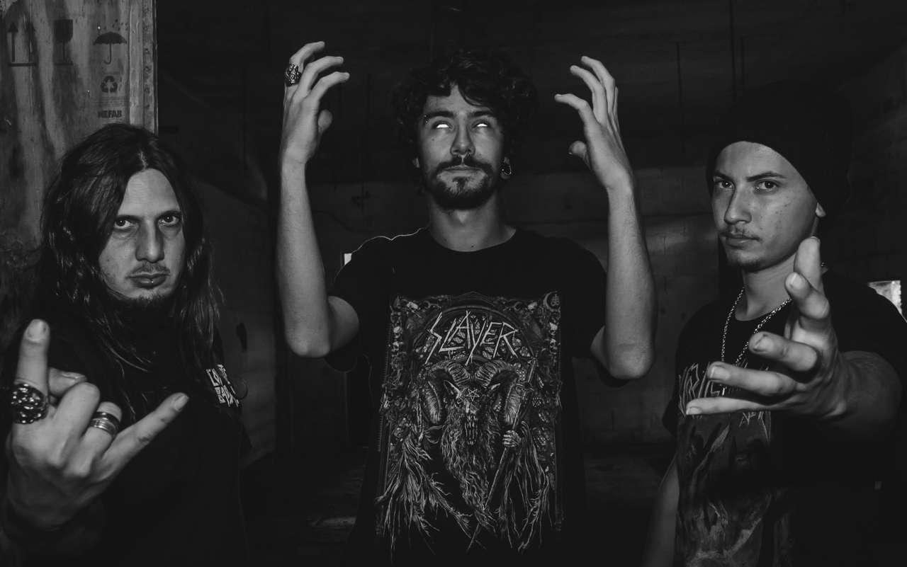"""Coyote Bad Trip lança videoclipe da música """"Guerra Divina"""""""