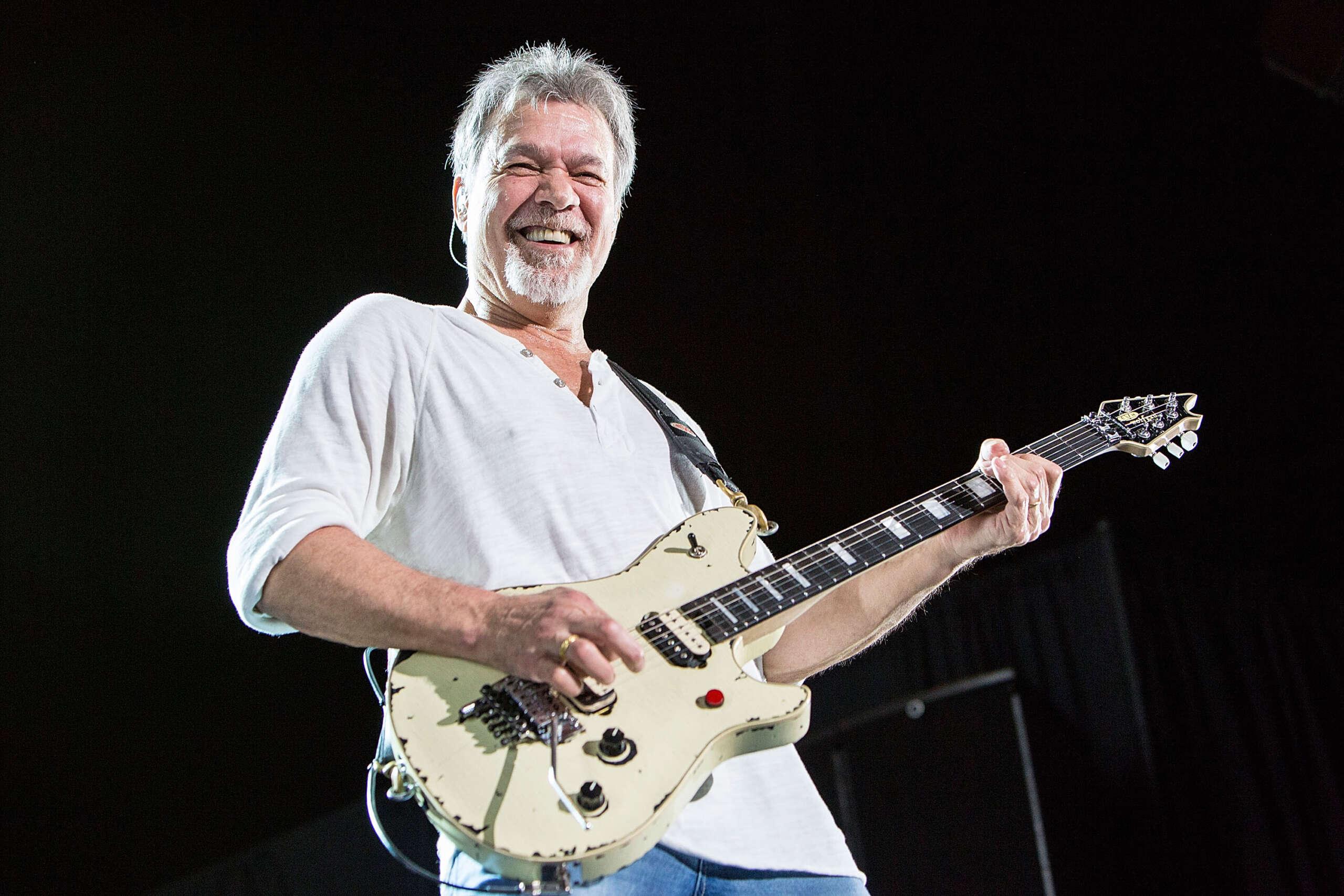 Morre Eddie Van Halen, aos 65, vítima de câncer