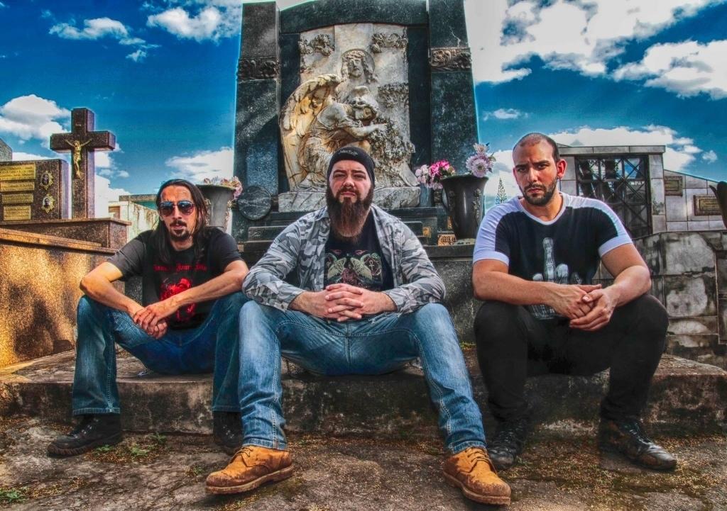 Read more about the article Hellfire Faction: Live nesta quarta com a banda Medicine Jars