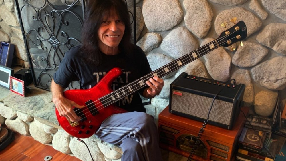 Rudy Sarzo: Lenda do Rock/Metal participa do debut da banda No One Spoke