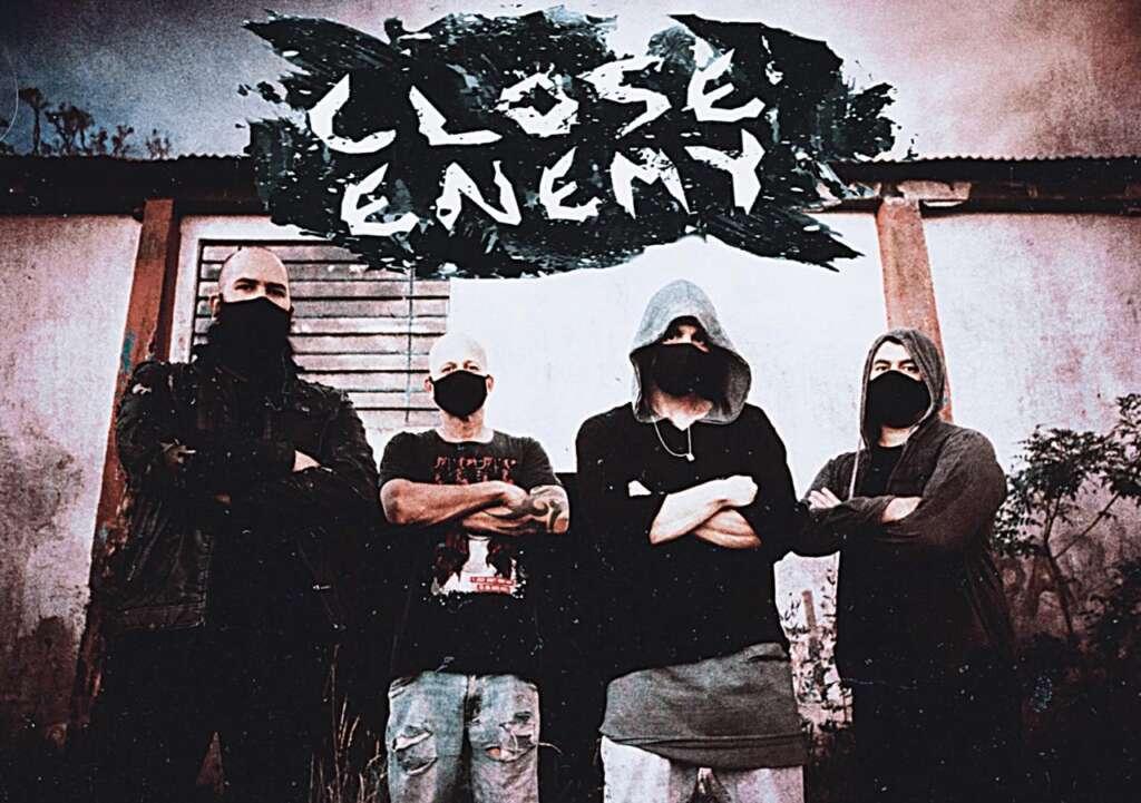 Banda Close Enemy